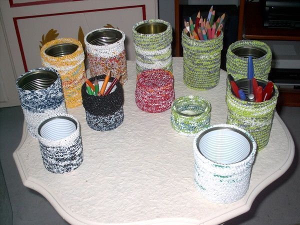 pots crayons ou ustensiles pinceaux. Black Bedroom Furniture Sets. Home Design Ideas